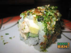 A maki roll of some sort at Hana Japanese Restaurant, City Mall, Kota Kinabalu