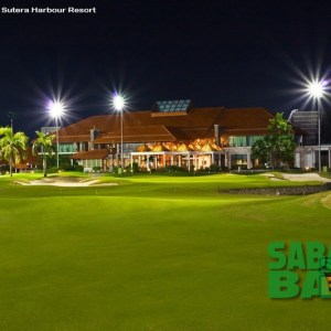 18 holes at the Sutera Harbour Golf Club are lit for night-time play, making for a refreshingly different golfing challenge