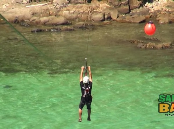 Zipline action in the TAR Park Kota Kinabalu - Coral Flyer