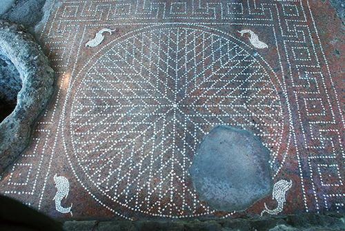 TERAMO|AREA ARCHEOLOGICA DOMUS ROMANA IN LARGO MADONNA DELLE GRAZIE