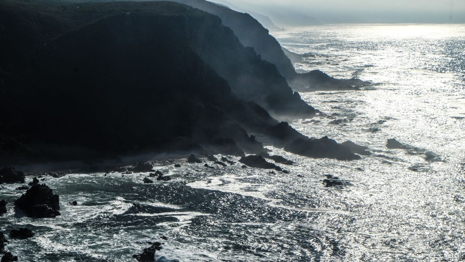 this is a photo of the coastal area on the otter trail