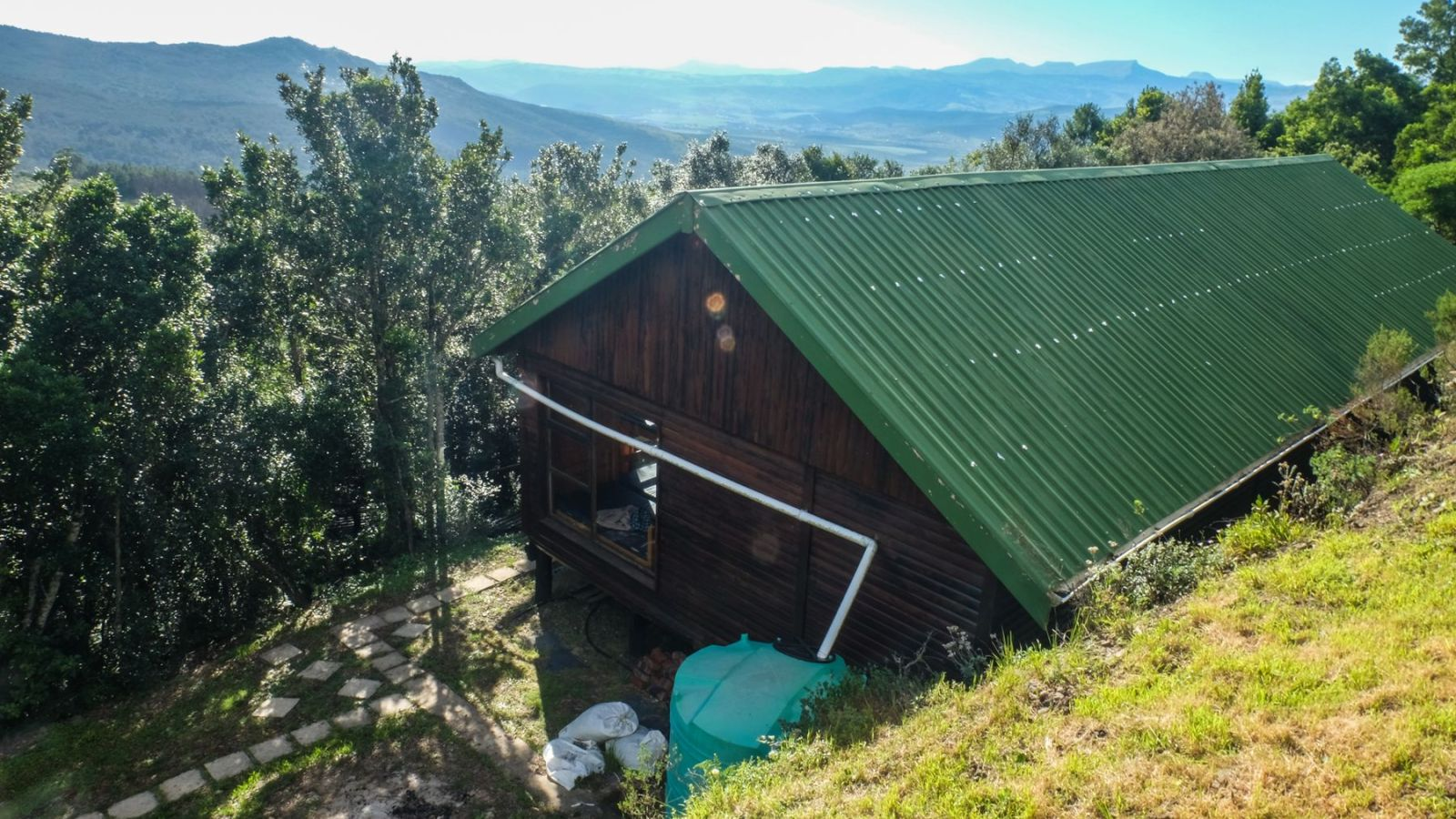 a photo of a overnight hut on the amathole trail.
