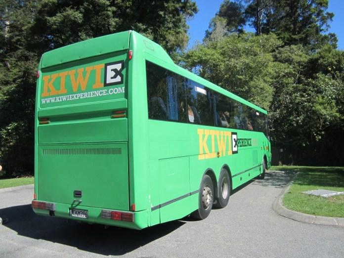 Kiwi Experience - Bus Transport New Zealand
