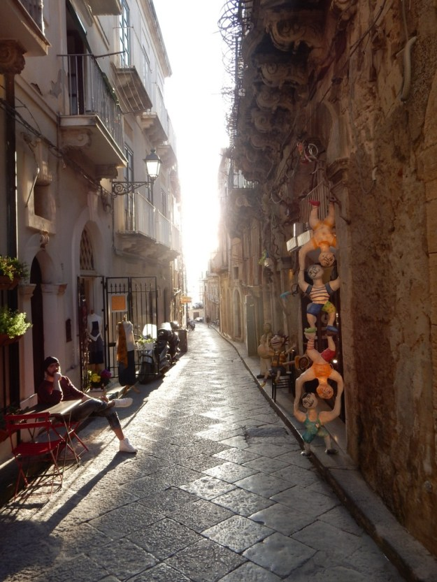 Narrow street in Siracusa, Sicily