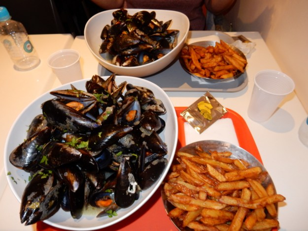 Every restaurant in Bonifacio offers the dish for which this place is famous – moules frites (mussels steamed in garlic and spices, served with fries)
