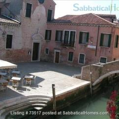 Rialto Sofa Bed Best Small Sleeper Sabbaticalhomes - Home For Rent Venice 30135 Italy, A ...