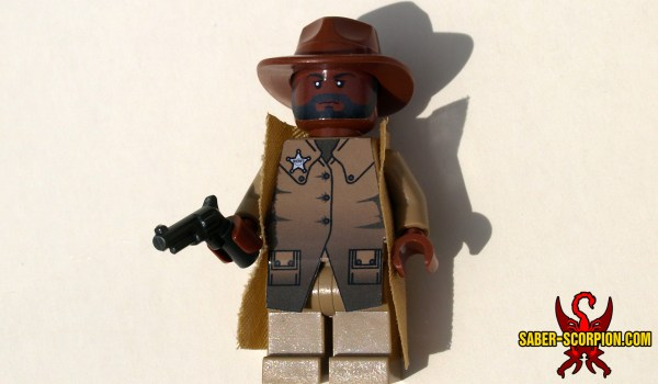 Minifig Post-apoc Western Sheriff Saber-scorpion' Lair