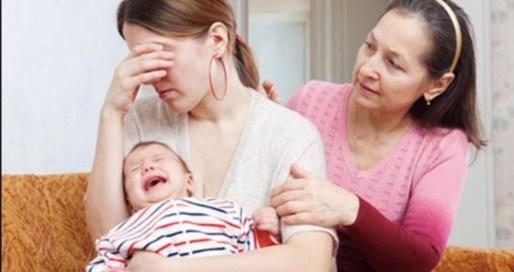 bebe y madre no duermen