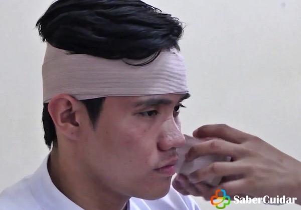 vendaje de cabeza