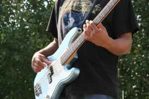 Los hombres ligan más con guitarra