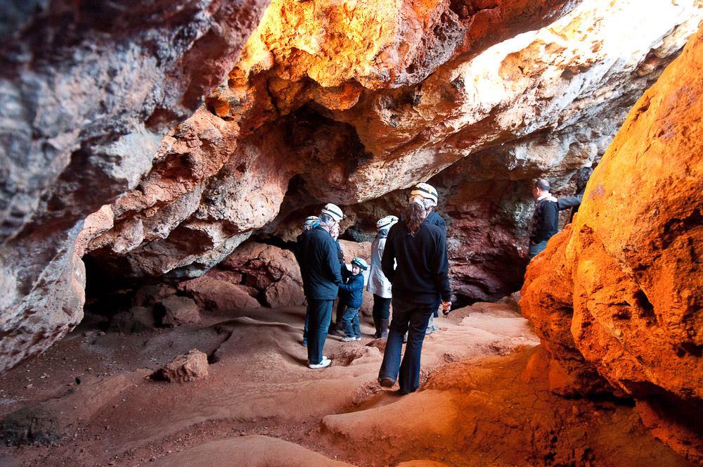En la cueva de Montesinos. Autor, Jesús Pérez Pacheco