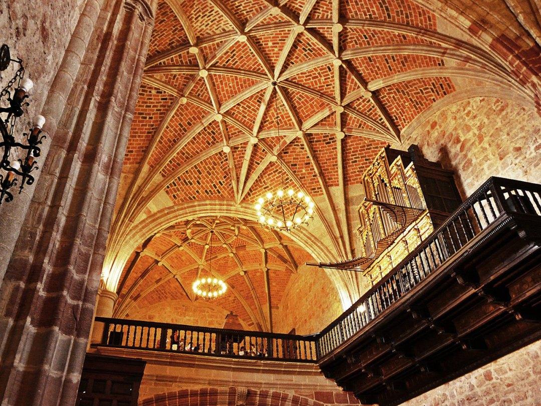 Interior de la Iglesia de Ntra. Sra. la Asunción de Villahermosa