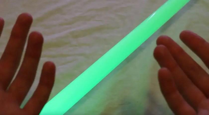 green lightsaber blade