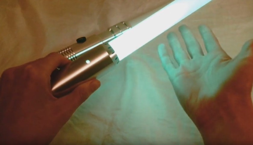 lightsaber blade with Flash on Clash