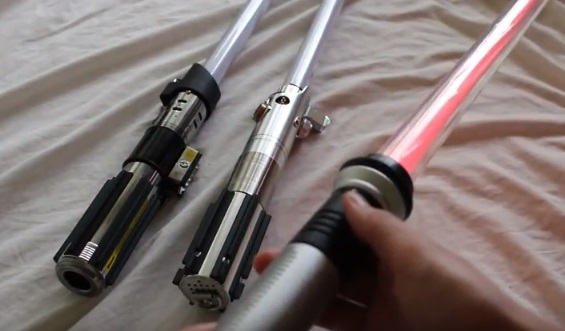Star Wars Force FX lightsabers vs FX Sabers: What's the Difference