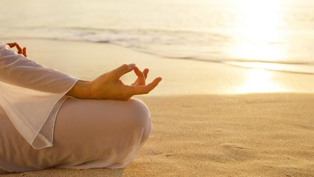 10 AYURVEDIC TIPS TO KEEP COOL IN SUMMER; STAY HEALTHY