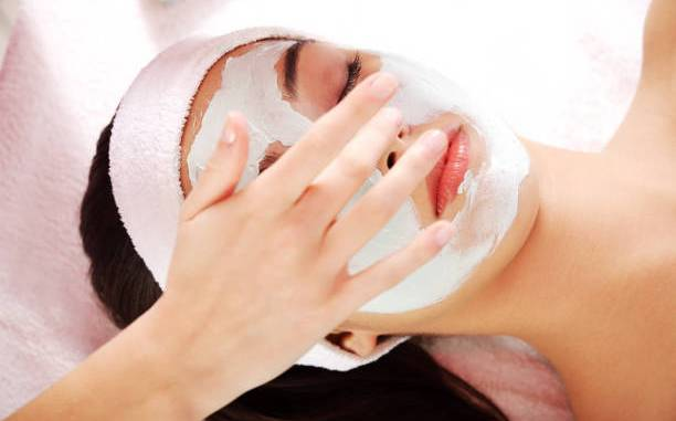 Best Effective Ayurvedic Face Packs For Glowing Skin