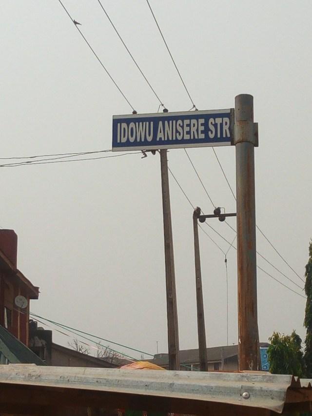 Idowu Anisere Signpost, Ikotun, Lagos State.