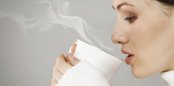 El peligro de las bebidas muy calientes según las ciencia