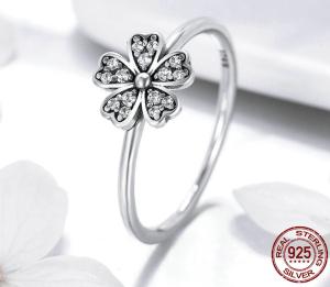 Inel Sparkling Daisy din Argint