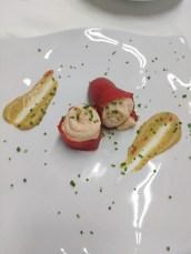 Pimentões assados recheados com salmão / Piquillos rellenos con mus de salmón