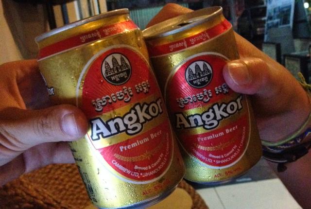 angkor-cerveza-cambodia