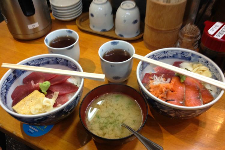 desayuno-tsukiji-tokio