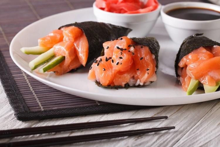 7 tipos de sushi que debes probar, aprende a identificarlos - temaki sushi