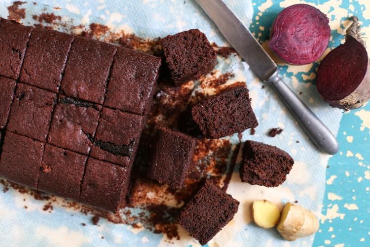 Brownies de chocolate, betarraga (remolacha) y jengibre
