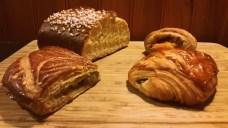 Brioche, pain au chocolat à la banane, pan relleno de queso y lardon y galette de rois