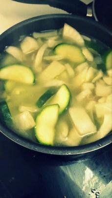 Añadir caldo de verduras