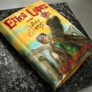 """Patel en forma de libro decorado con la imagen del libro de """"Harry Potter & the Deathly Hallow"""