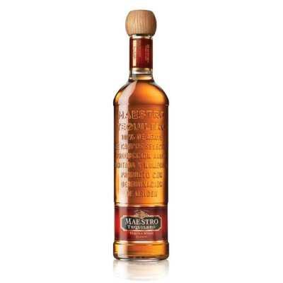 Tequila Maestro Tequilero añejo clásico