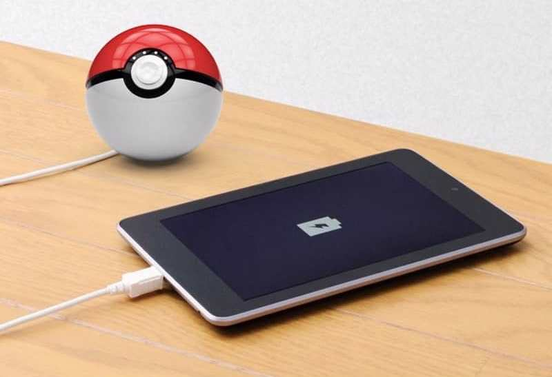 pokemongo-powerbank-pokeball