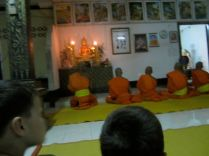 Chanting Pali at Wat Pasaviet.