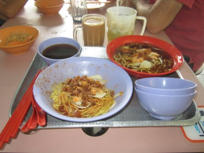 S$4 Prawn noodles: dry and spicy or wet and plain.