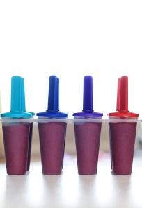 Healthy Blackberry Yogurt Popsicles