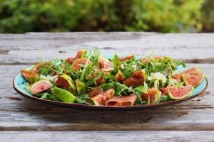 Family Style Fig and Prosciutto Salad