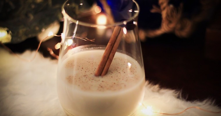 Easy Festive Drinks To Keep Your Holiday Merry And Bright