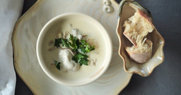 Oyster Stew-Easy And Traditional Christmas Eve Dinner