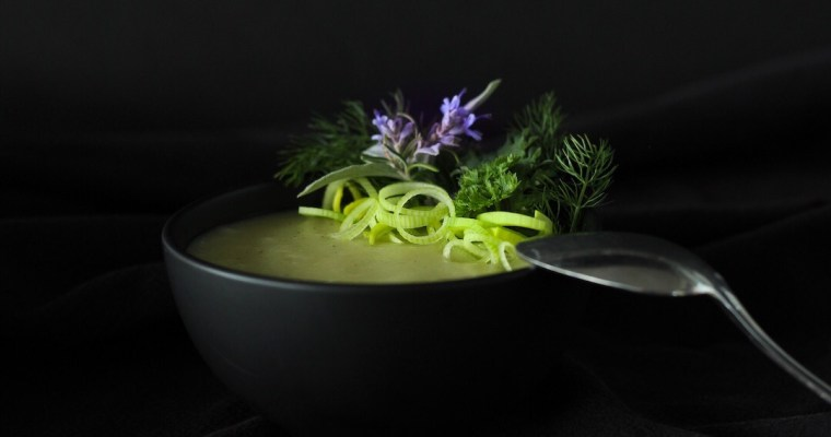 Winter Comfort-Potage Parmentier (Potato Leek Soup)