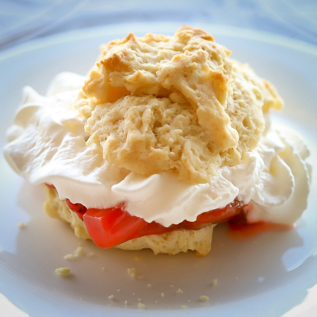 Individual Strawberry Rhubarb Shortcakes