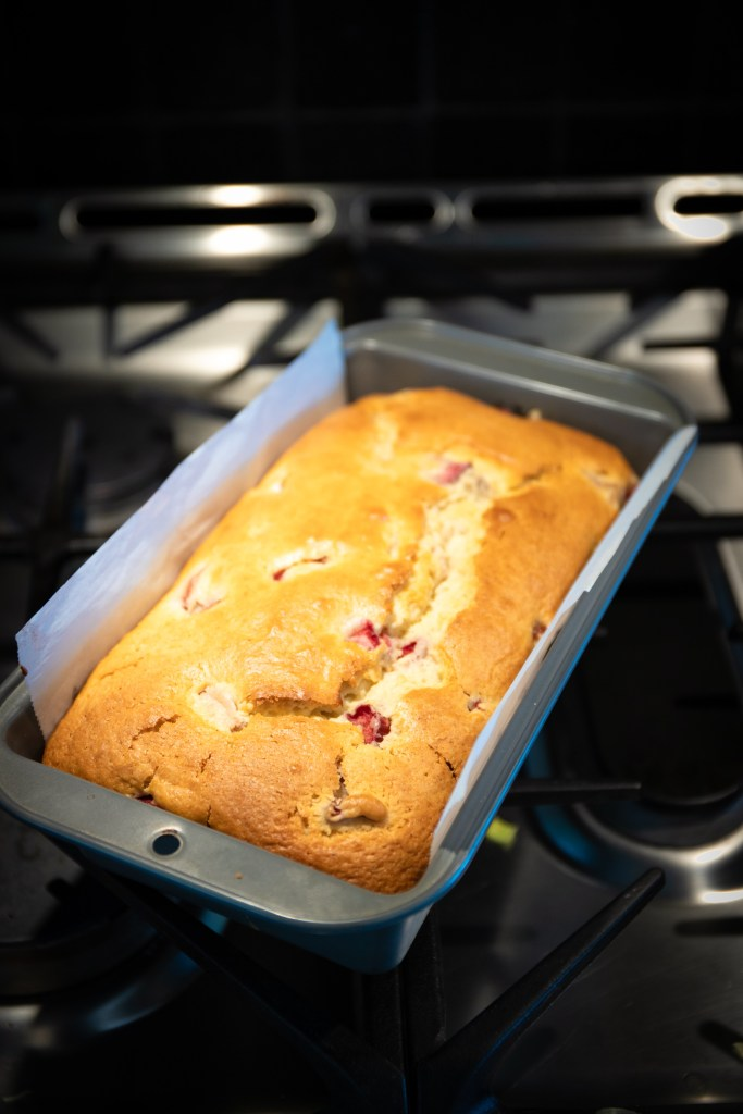 Quick And Easy Rhubarb Loaf Cake