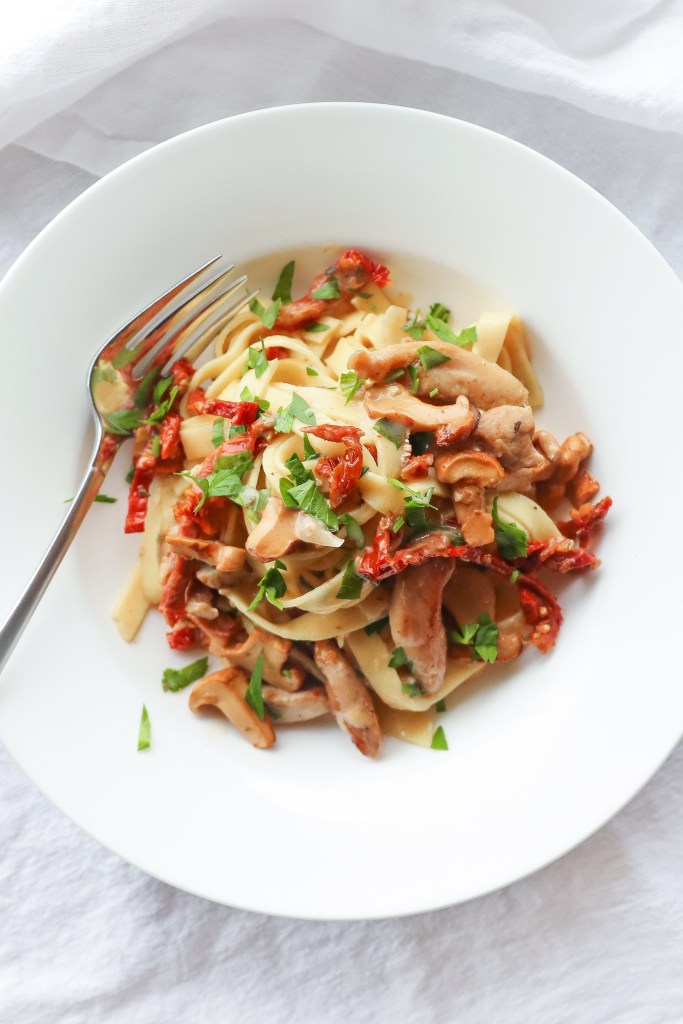 Chicken Mushroom And Sun Dried Tomato Pasta Recipe
