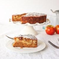 Easy, fast and moist apple oatmeal cake recipe