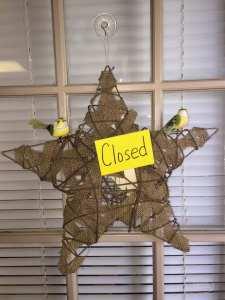 DIY Open and Closed Door Hanging Wreath