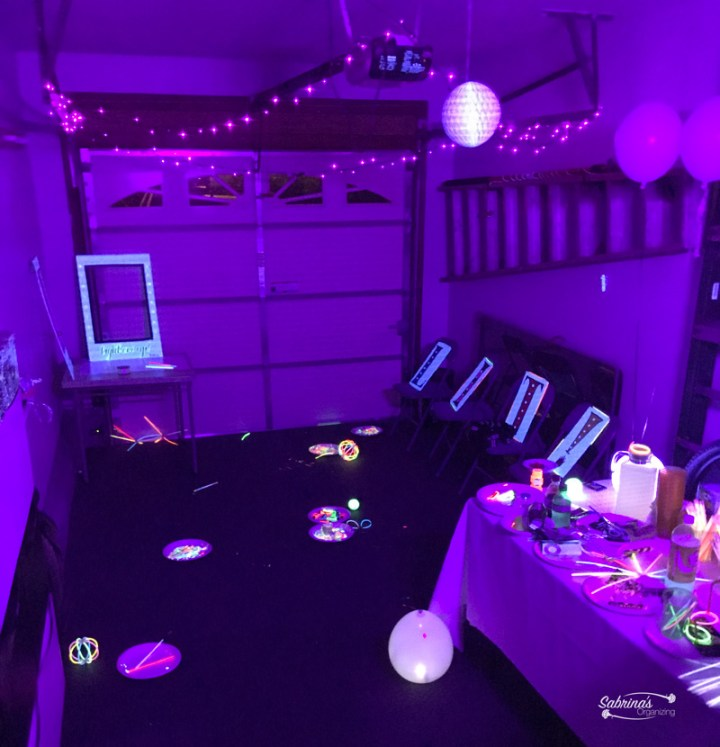 glow in the dark room