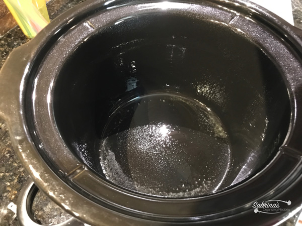 spray slow cooker