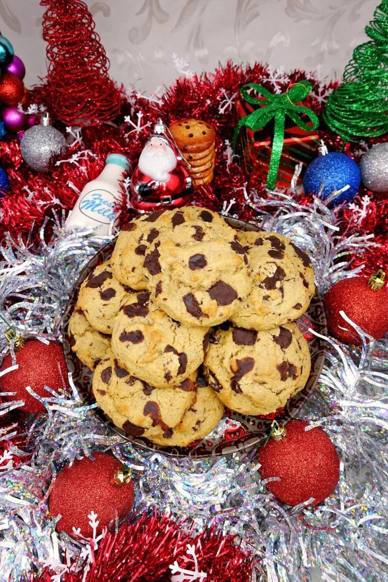 Soft Chewy Paleo Chocolate Chip Cookies Sabrina S Sinless Secrets