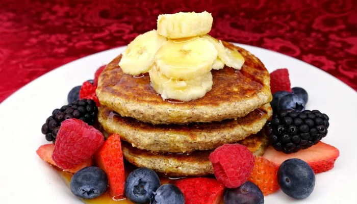 Gluten-Free Greek Yogurt Oat Pancakes